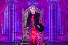 Snow White 2016 Channel Theatre Buxton Opera House